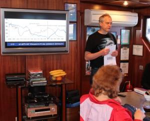 Председатель ассоциации журналистов-экологов А.В.Фёдоров рассказывает о динамике численности осетровых в дельте Волги