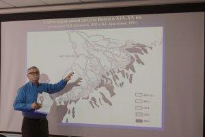 Владимир Малов рассказывает о рельефе дельты