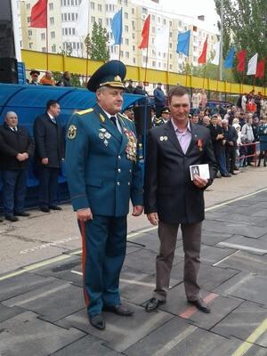 Награждение. Генерал-майор Евстафьев И.Ю. с Тарановым Ю.В.