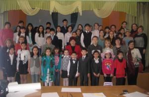 Участники первого конкурсного дня Фестиваля детских экотеатров в Володарском районе