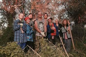 Волонтёры, которые помогали создавать тропу