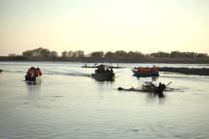 Экскурсия на лодках в сопровождении опытных гидов
